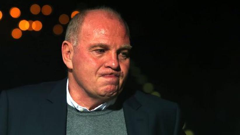 Bundesliga-Vorschau: Um 20 Millionen Euro erleichtert: Uli Hoeneß