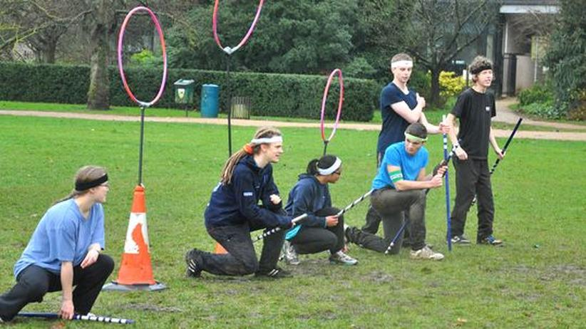 Quidditch: Harry Potters Besen-Rugby im echten Matsch