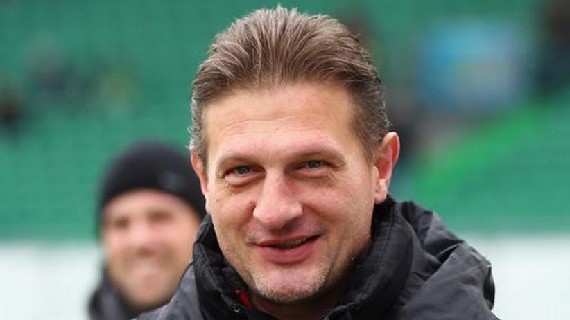Bundesliga: FC Augsburg entlässt Manager Rollmann