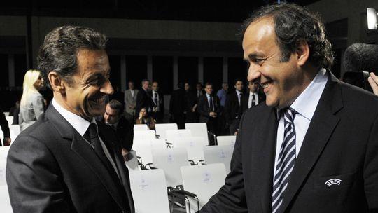Der damalige französische Präsident Nicolas Sarkozy (links) mit dem Uefa-Präsidenten Michel Platini im Jahr 2010