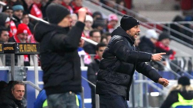 Bundesliga-Taktik: Das dröge Treffen zweier Fußballnerds