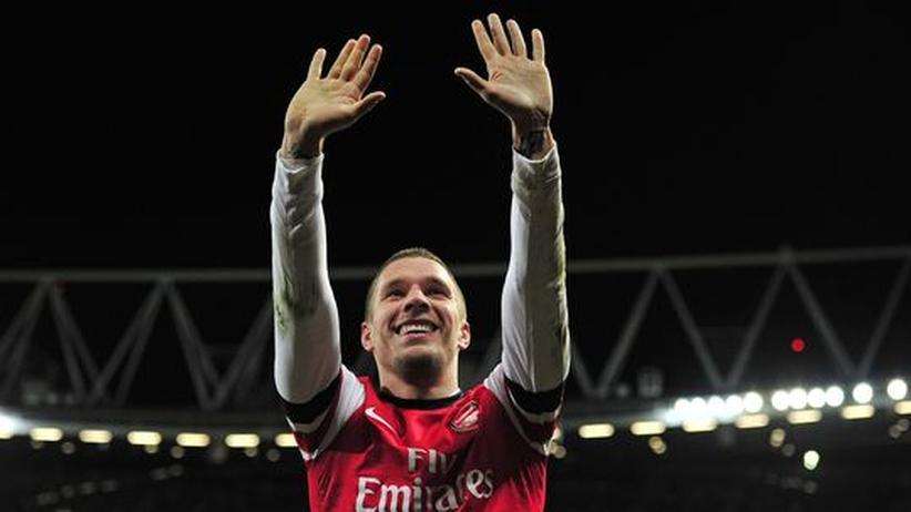 Champions League: Podolski erinnert die Engländer an längst vergangene Zeiten
