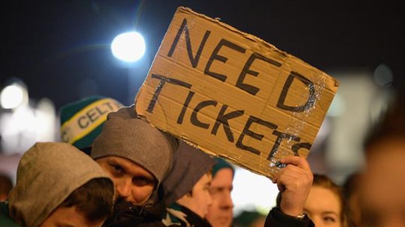 Zunehmend auch im Netz: Tickethandel beim Fußball