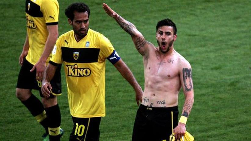 Griechischer Fußball: Ein Hitlergruß und seine bewundernswerten Folgen
