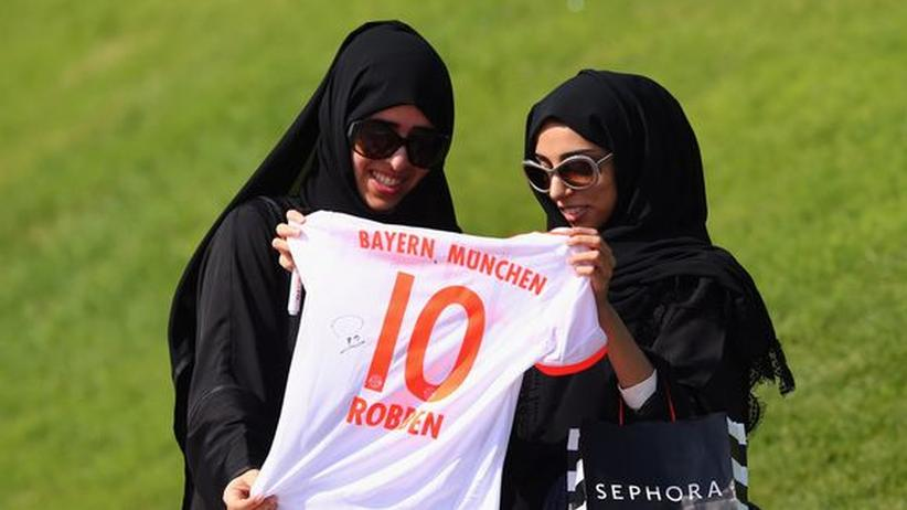 """Fußball-WM 2022: """"Katar wird unfair mit anderen verglichen"""""""