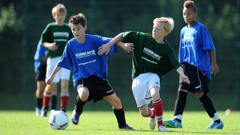 Nachwuchsfussball Dezemberkinder Werden Selten Fussballstars