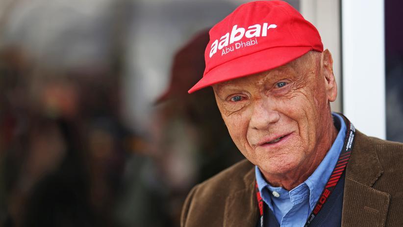 """Niki Lauda: """"Da oben ist jemand, der versucht, zu helfen"""""""