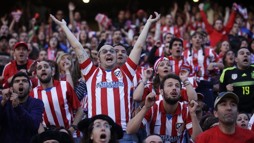 Champions League Finale: Fans von Atlético Madrid feiern beim Champions-League-Finale ihr erstes Tor.