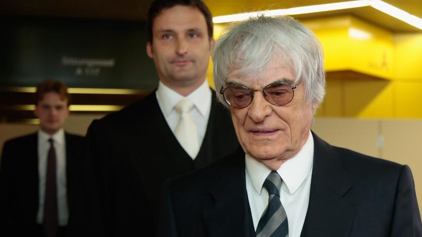 Bernie Ecclestone am dritten Prozesstag in München