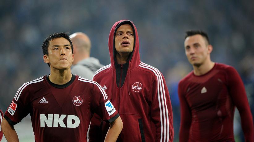 Bundesliga: Makoto Hasebe, Timothy Chandler und Josip Drmic vom FC Nürnberg