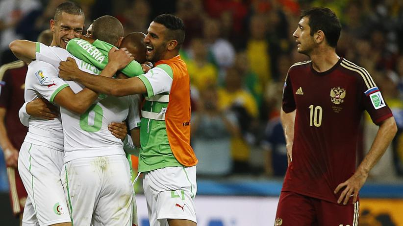 Fußball-WM Gruppe H: Deutschland spielt im Achtelfinale gegen Algerien