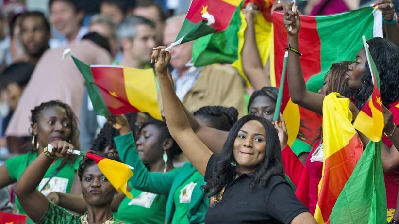 Deutschland - Kamerun: Als Kameruns Fans den Deutschen Mut zusprachen