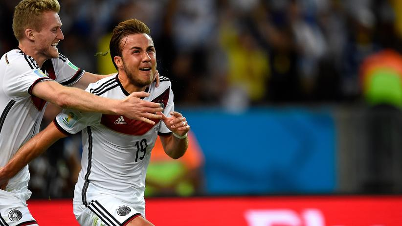 Mario Götze bejubelt seinen Treffer im WM-Finale.