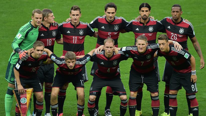 Die Nationalelf vor dem Halbfinalspiel gegen Brasilien