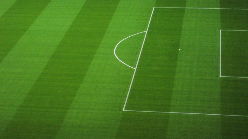 Fangewalt: Hier ist es oft ruhiger als vor dem Stadion: Ein Fußballfeld