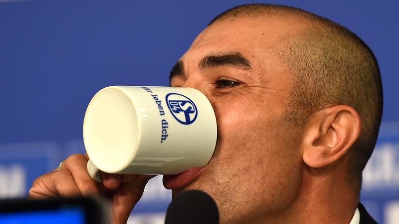 Roberto di Matteo bei einer Vorstellung als neuer Schalke-Trainer