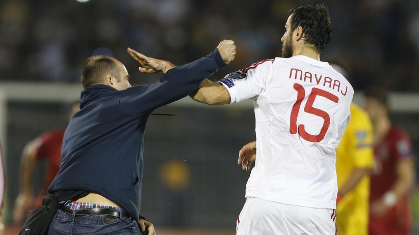 EM-Qualifikation: Schlägerei bei der Begegnung Serbien – Albanien