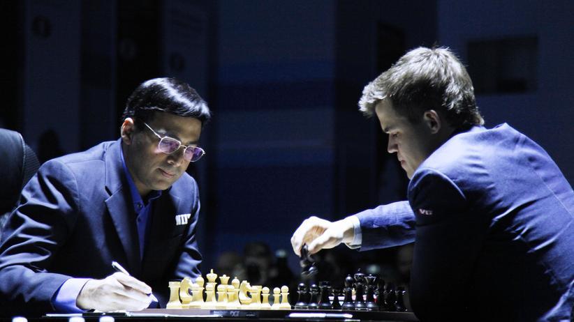 Anand gegen Carlsen (Bild vom Auftaktmatch am Samstag)