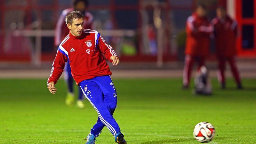 FC Bayern: Lahm fällt für mehrere Monate aus