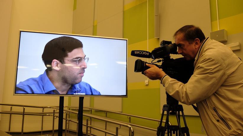 Schach-WM 2014: Es wird eng für Vishy