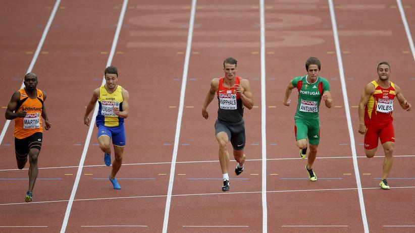 Sven Knipphals (Mitte) bei den Leichtahletik-Europameisterschaften im August in Zürich
