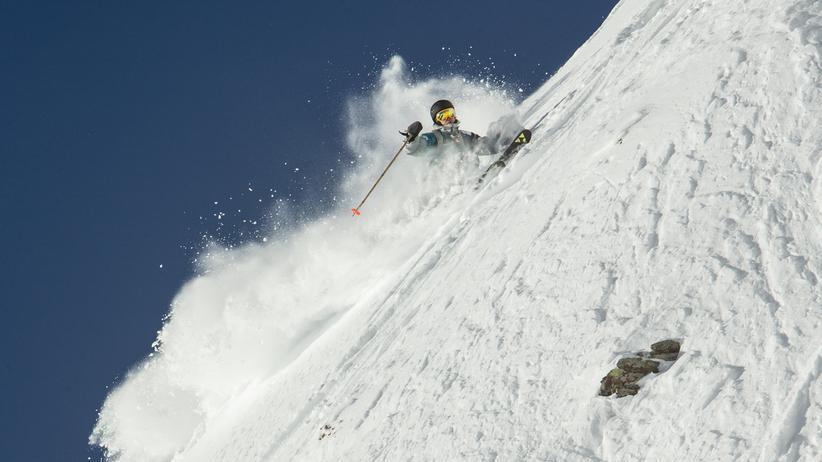 Ganz nach dem Geschmack von Felix Wiemers: Steile Schneehänge bedeckt mit Tiefschnee.
