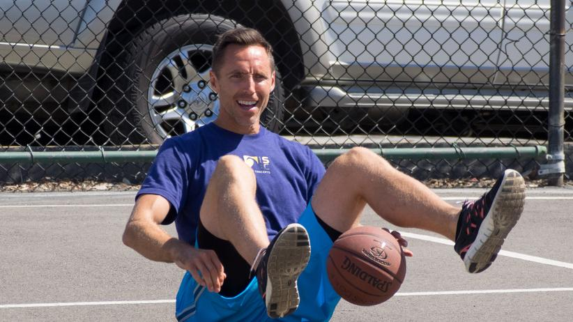 Steve Nash: Sport, Steve Nash, Dirk Nowitzki, Phoenix, Allen Iverson, Basketball, College, Kanada, USA, Südafrika, Dallas, Ferguson, Los Angeles