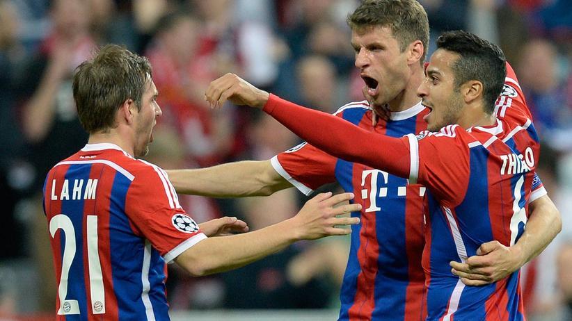 FC Bayern München – FC Porto: Da platzt nicht nur Peps Hose