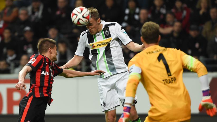 Fußball-Bundesliga: Frankfurt trotzt Gladbach ein Unentschieden ab