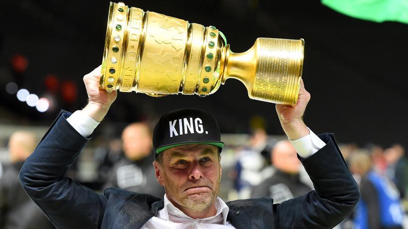 Dieter Heckingen DFB Pokal Dortmund Wolfsburg