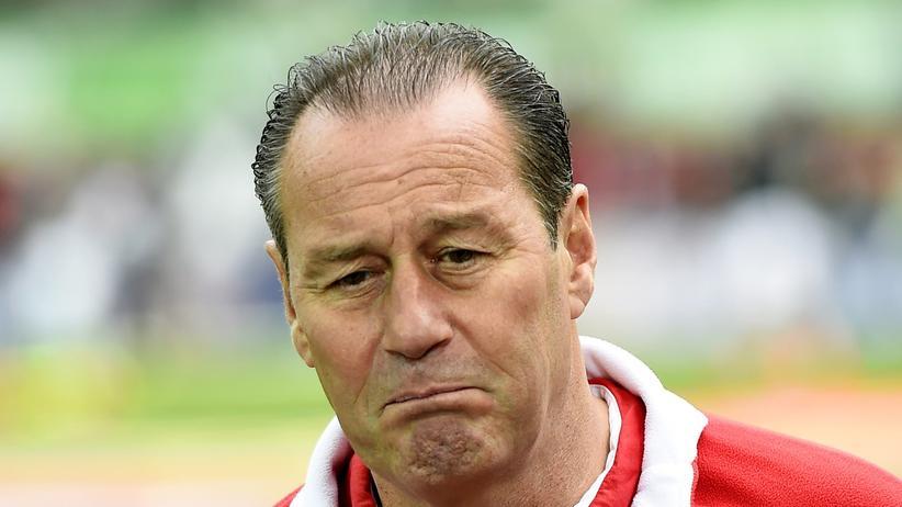 Stuttgarts Trainer Huub Stevens