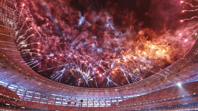 Das Feuerwerk während der Eröffnungsfeier in Baku