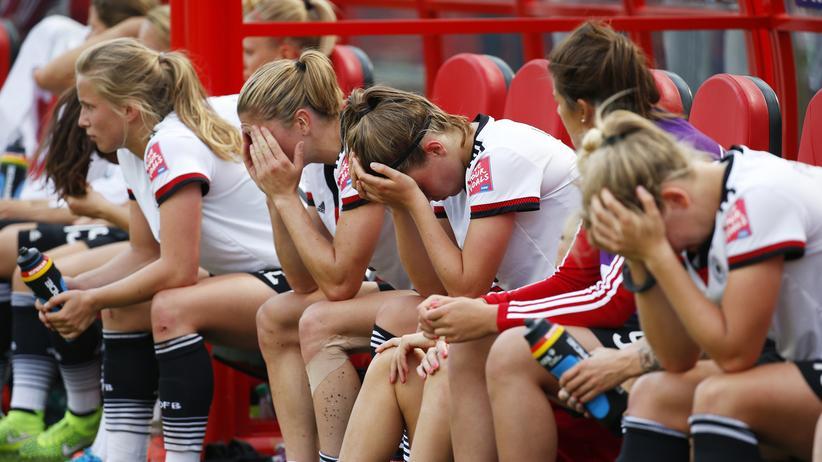 Die deutsche Bank nach dem verlorenen Spiel im Platz drei