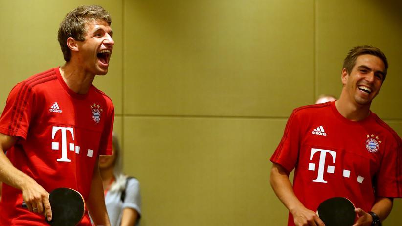 """Fußball: """"In Asien sind rote Vereine erfolgreicher"""""""