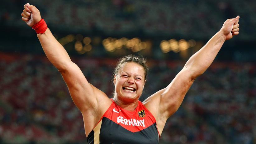 Leichtathletik-WM: Gold für Kugelstoßerin Christina ...