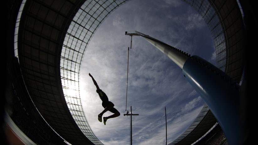 Doping: Ein Stabhochspringer bei Wettkämpfen in Berlin