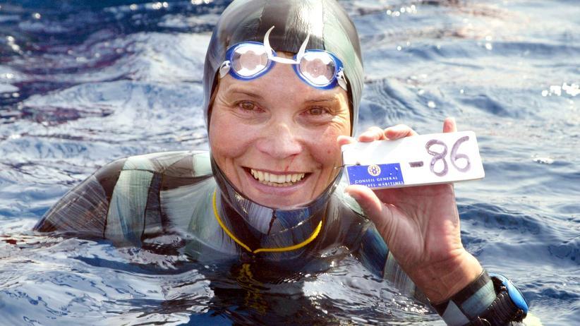 Natalja Moltschanowa: Apnoe-Weltrekordtaucherin im Meer verschollen