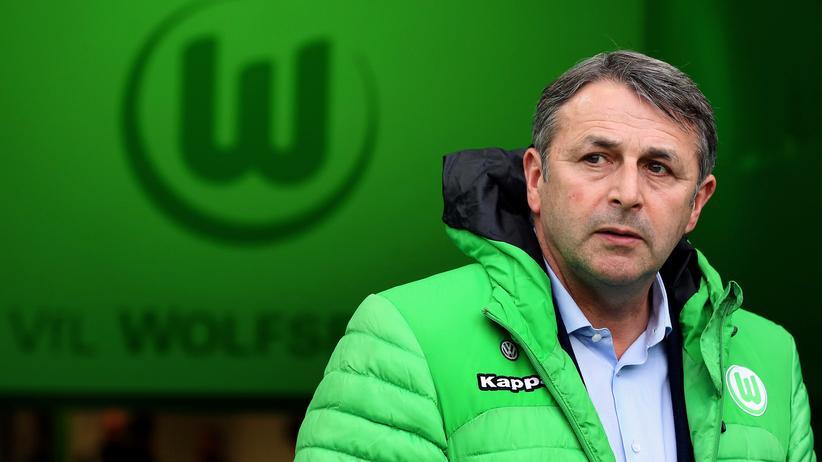 Klaus Allofs über VW: Klaus Allofs im Stadion des VfL (Archivbild)