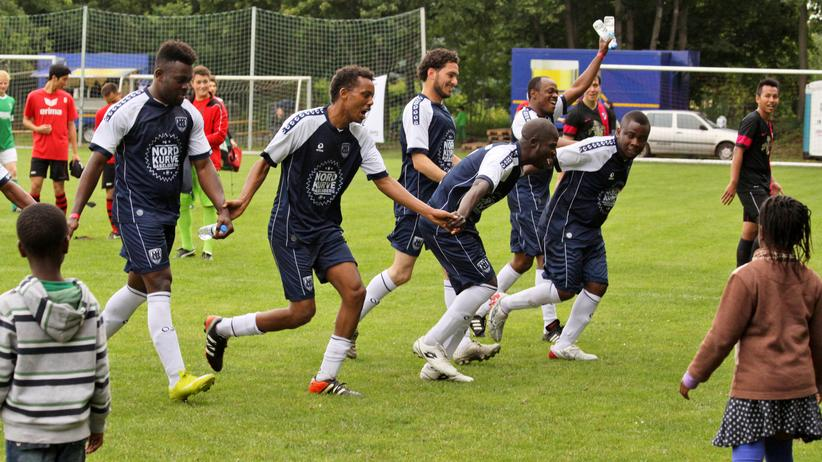 Sport, Welcome United, Ostdeutschland, Flüchtling, Fußball, Somalia , Trainer