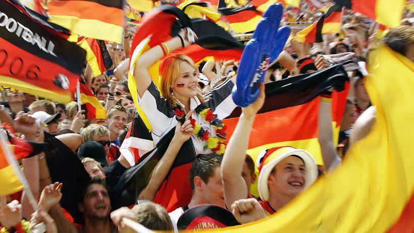 DFB soll WM 2006 gekauft haben – Unregelmäßigkeiten um Millionenzahlung