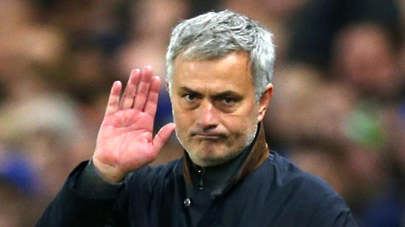 Fußball: Chelsea feuert Trainer José Mourinho