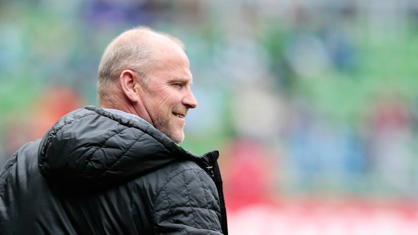 Fußball: Thomas Schaaf im Mai, damals noch als Trainer von Eintracht Frankfurt