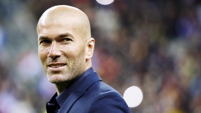 Real Madrid: Zinédine Zidane besucht ein Freundschaftsspiel zwischen Frankreich und Brasilien im März 2015.