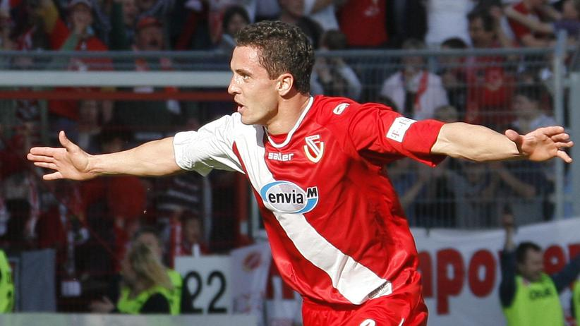 Dritte Liga: 2008 feiert Dimitar Rangelow Cottbus' Sieg über Hansa