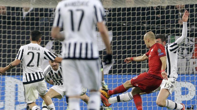Bayern-Stürmer Arjen Robben erzielte das 2:0 für die Münchner bei Juventus Turin in der 55. Minute.
