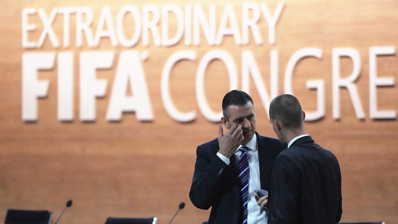 Weltfußballverband: Fifa-Generalsekretär Markus Kattner im Gespräch kurz vor Beginn des Fifa-Kongresses in Zürich