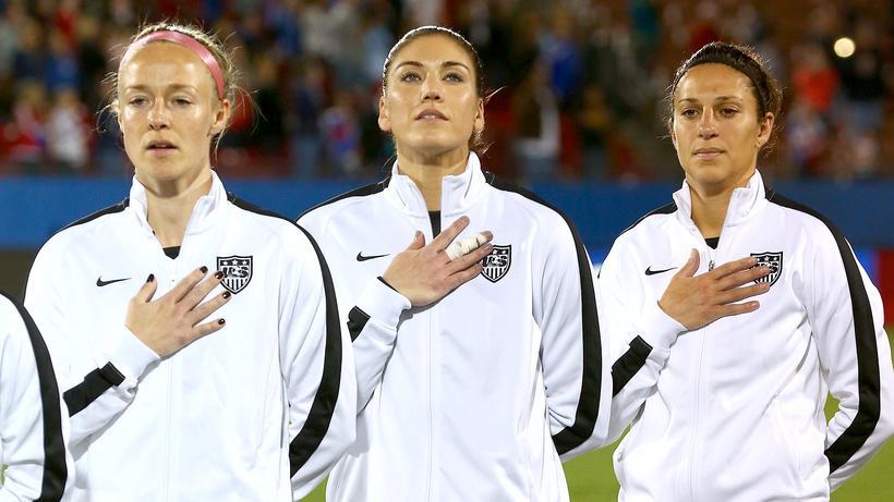 Frauenfussball Us Fussballerinnen Wehren Sich Gegen