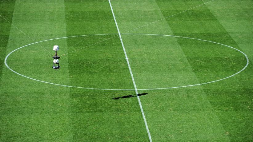 TV-Rechte Bundesliga: Wer Fußball zeigen will, muss viel zahlen.