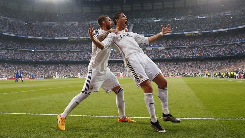 Champions League: Sergio Ramos und Cristiano Ronaldo bejubeln ein Tor für ihr Real Madrid