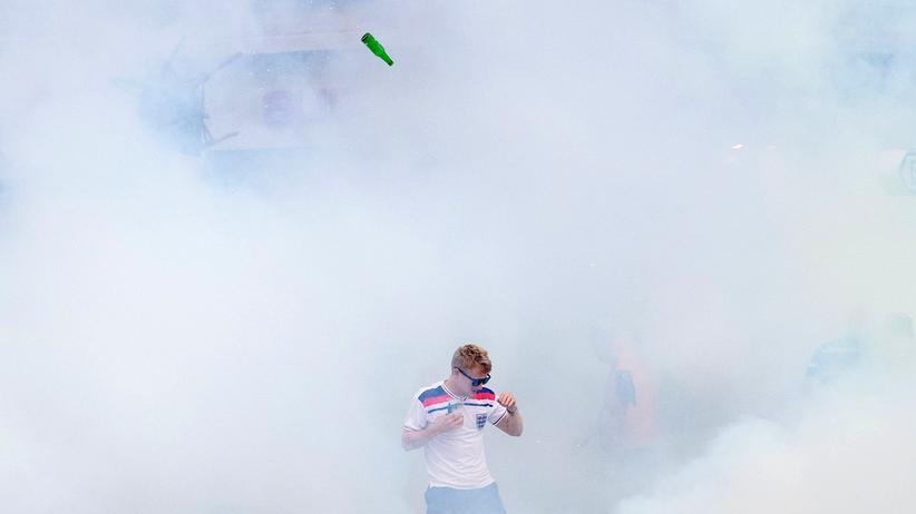 Fußball-EM: Drei russische Hooligans zu Haftstrafen verurteilt